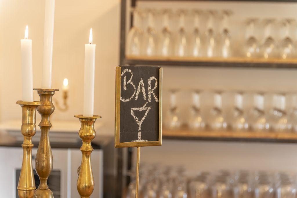 Bjørnemose Gods - Drinks i baren